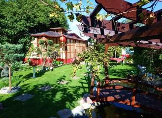 gepflegter Garten / Japan style / Schrebergarten