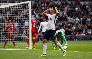 Premier League - Tottenham Hotspur vs Swansea City