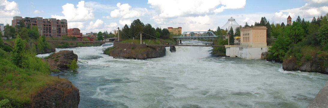 Upper Falls of the Spokane River flowing through Spokane, Washington
