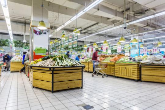 Blurred supermarket background