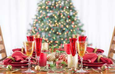 Christmas Dinner Table Setting Red Gold Candles