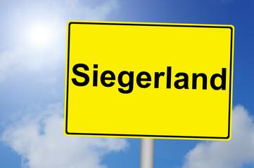 Siegerland Schild mit Himmelhintergrund