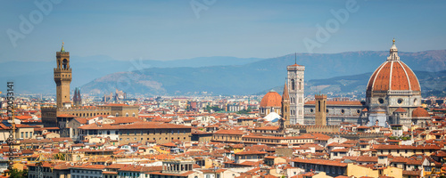 Wall mural Panoramic view of Florence with the Basilica Santa Maria del Fiore (Duomo), Tuscany, Italy