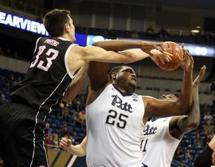NCAA Basketball: Nebraska Omaha at Pittsburgh