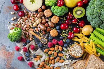 Photo sur Plexiglas Assortiment Selection of healthy rich fiber sources vegan food for cooking