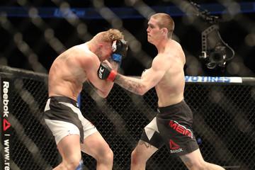 MMA: UFC 206- Mein vs Meek