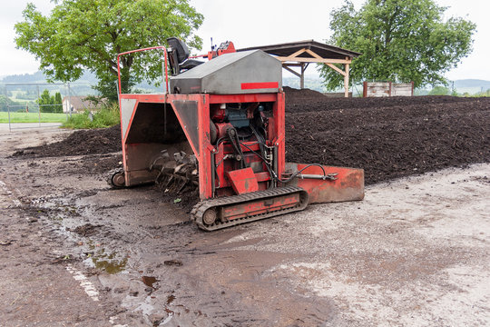 Industrial compost aerator machinery, middle size for small business