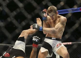 MMA: UFC 192-Rodriguez vs Hooker