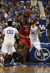 NCAA Basketball: Louisville at Kentucky