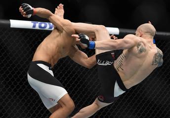 MMA: UFC Fight Night-Tuck vs Emmett