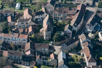 Vue aérienne du village d'Herbeville dans les Yvelines à l'ouest de Paris