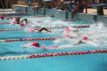 Triathlon Narbonne natation compétition nage libre