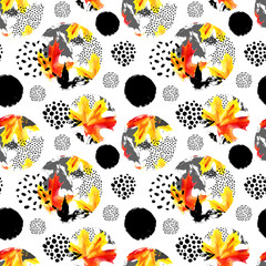 Printed kitchen splashbacks Watercolor Nature Autumn leaves watercolour seamless pattern. Hand drawn maple leaf, doodle, grunge, scribble textures in circles. Natural background for fall design. Watercolor illustration
