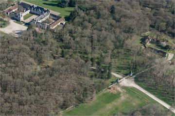 Vue aérienne du chateau de Villesavin en Loir-et-Cher - France
