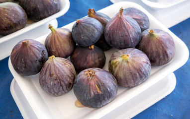 Food background with ripe figs