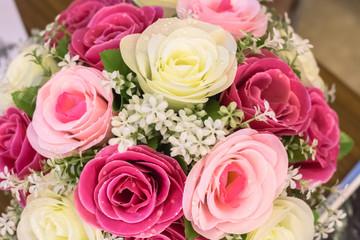 バラの花束、ウェディング、ブーケ、白、ピンク、赤