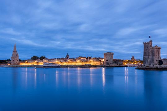 Port de la Rochelle à l'heure bleue