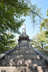 公園の記念碑