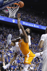 NCAA Basketball: Tennessee at Kentucky