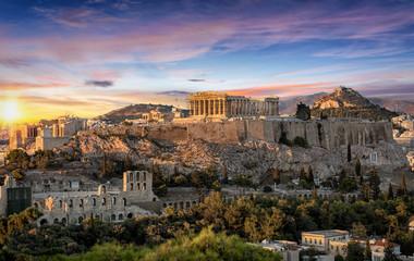 Fond de hotte en verre imprimé Athenes Die Akropolis von Athen, Griechenland, bei Sonnenuntergang