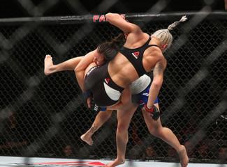 MMA: TUF Tournament of Champions-Curran vs Moyle