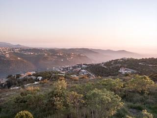 Brumes sur les montagnes du Liban