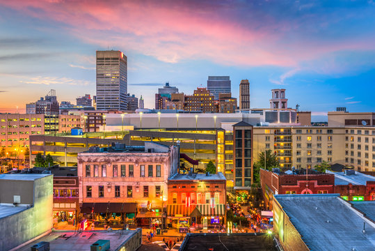 Memphis, Tennessee, USA skyline over Beale Street.