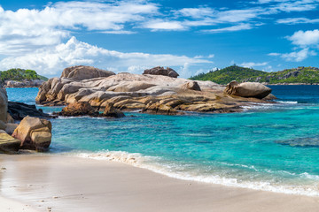 Beauftiful rocks of Felicite Island - Seychelles