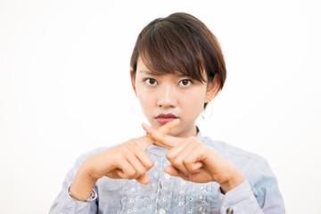 女性・外国人(拒否・禁止・バツ)ポーズ