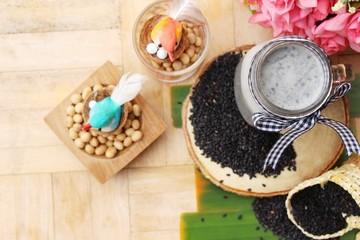 Soy bean milk mix black sesame delicious