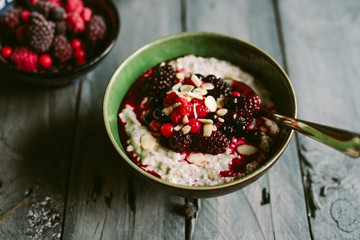 Chai and coconut porridge with berries.