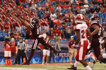 NCAA Football: St. Petersburg Bowl-Miami (Ohio) at Mississippi State