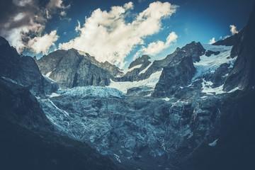 Wall Mural - Scenic Mountain Glacier