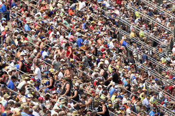 NASCAR: Sparks Energy 300
