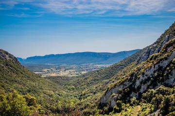 Vue sur la campagne autour de Caudiès-de-Fenouillèdes