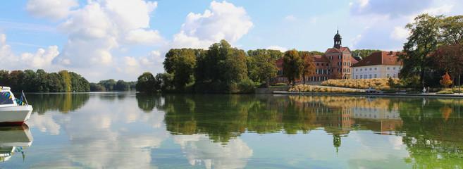 Stadt Eutin mit See und Schloss Schleswig-Holstein