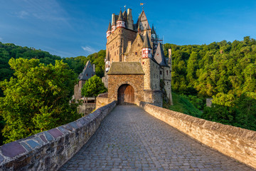 Photo sur Plexiglas Chateau Burg Eltz castle in Rhineland-Palatinate, Germany.