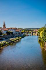 Village et pont sur l'Aude