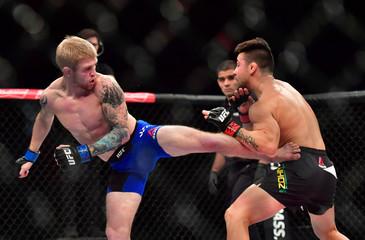 MMA: UFC Fight Night-Munhoz vs Scoggins