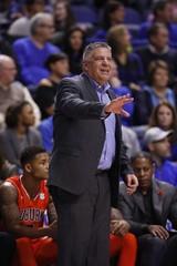 NCAA Basketball: Auburn at Kentucky