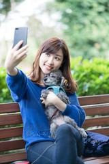 犬の散歩、女性、セルフポートレート、自撮り、social network service