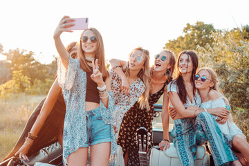 Six beautiful girls make selfie