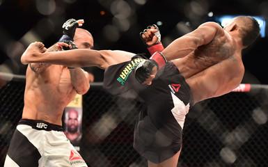 MMA: UFC 190-Alcantara vs Issa