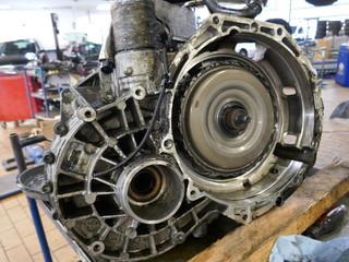 Teil eines Automotors