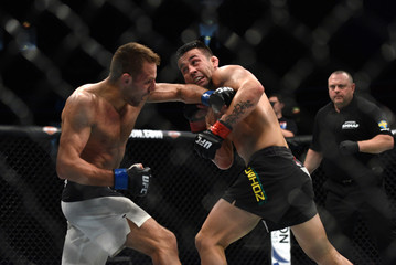 MMA: UFC Fight Night-Munhoz vs Stasiak