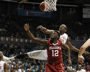 NCAA Basketball: Diamond Head Classic
