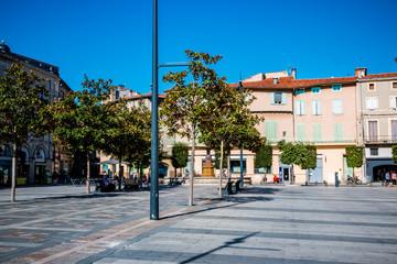 La place Jean-Jaurès à Castres