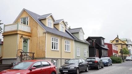 Reykjavik / Island – alte Häuser und Hauseingänge