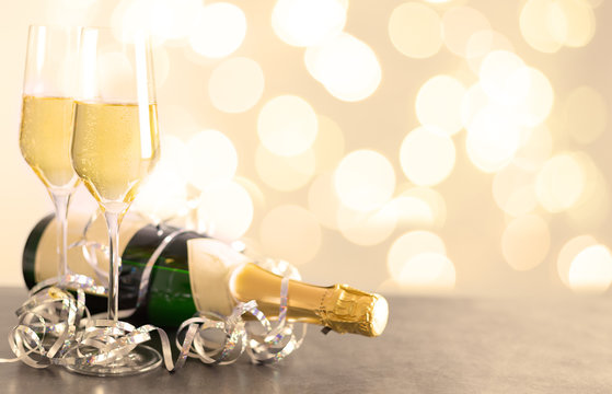 Silvester Party mit Champagner