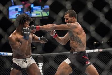 MMA: UFC 197-Roberts vs Steele